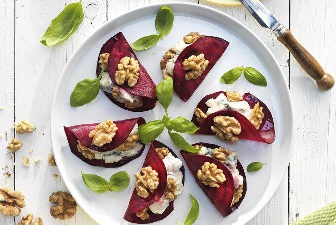 Beetroot Ravioli Stuffed with Blue Cheese and Walnuts