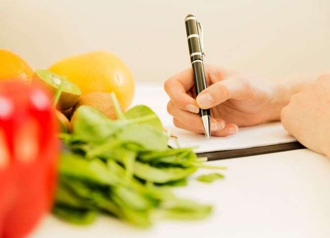 Revealed: The 6 Healthy Diet Habits GPs Swear By!
