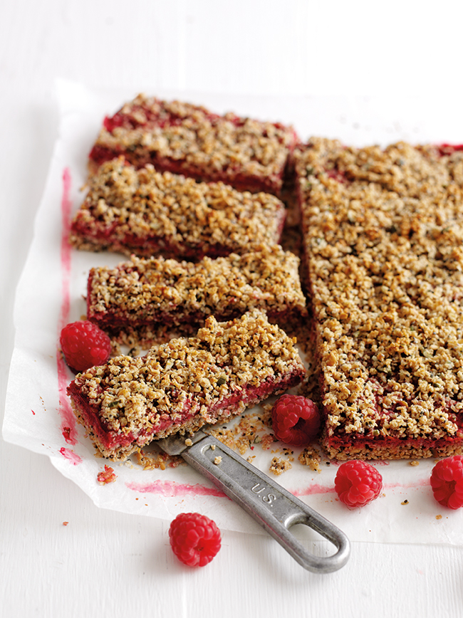 Raspberry flapjack slices