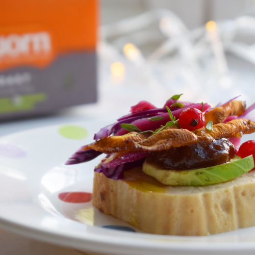Vegetarian Christmas canapes with Quorn roast